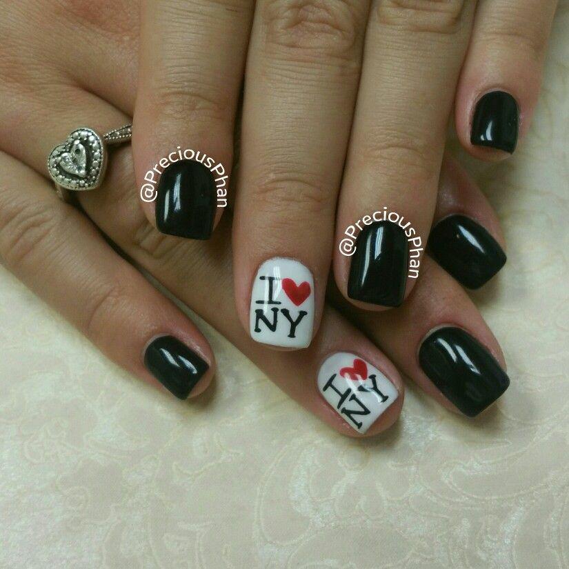 I love new York nails. Black and white nails. #PreciousPhanNails ...