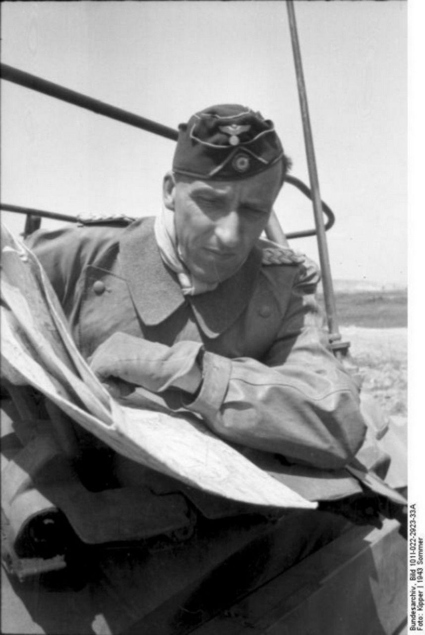Bundesarchiv Bild 101i 022 2923 33a Russland Oberst V Hunersdorff