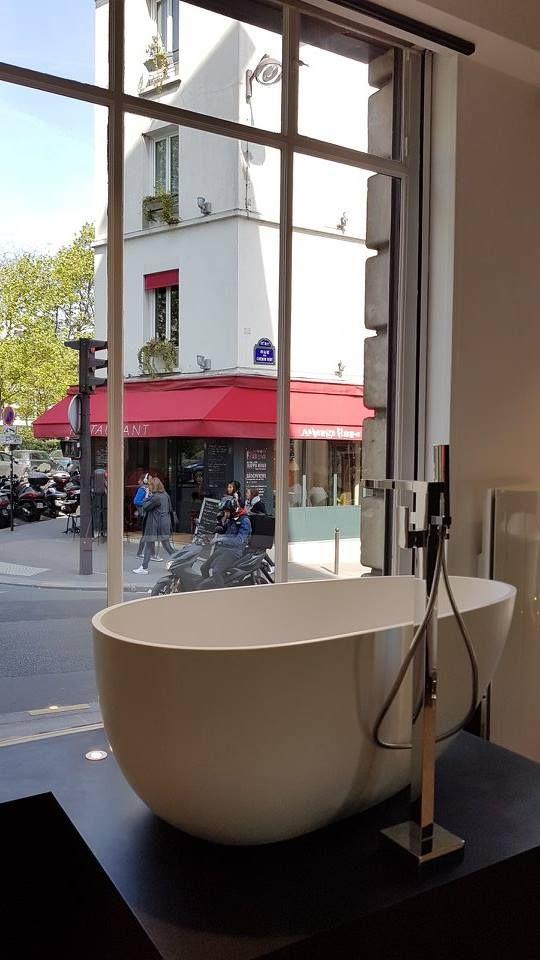 Decouvrez Notre Showroom Salle De Bain Paris Bastille Showroom Salle De Bain Magasin Salle De Bain Baignoire Design