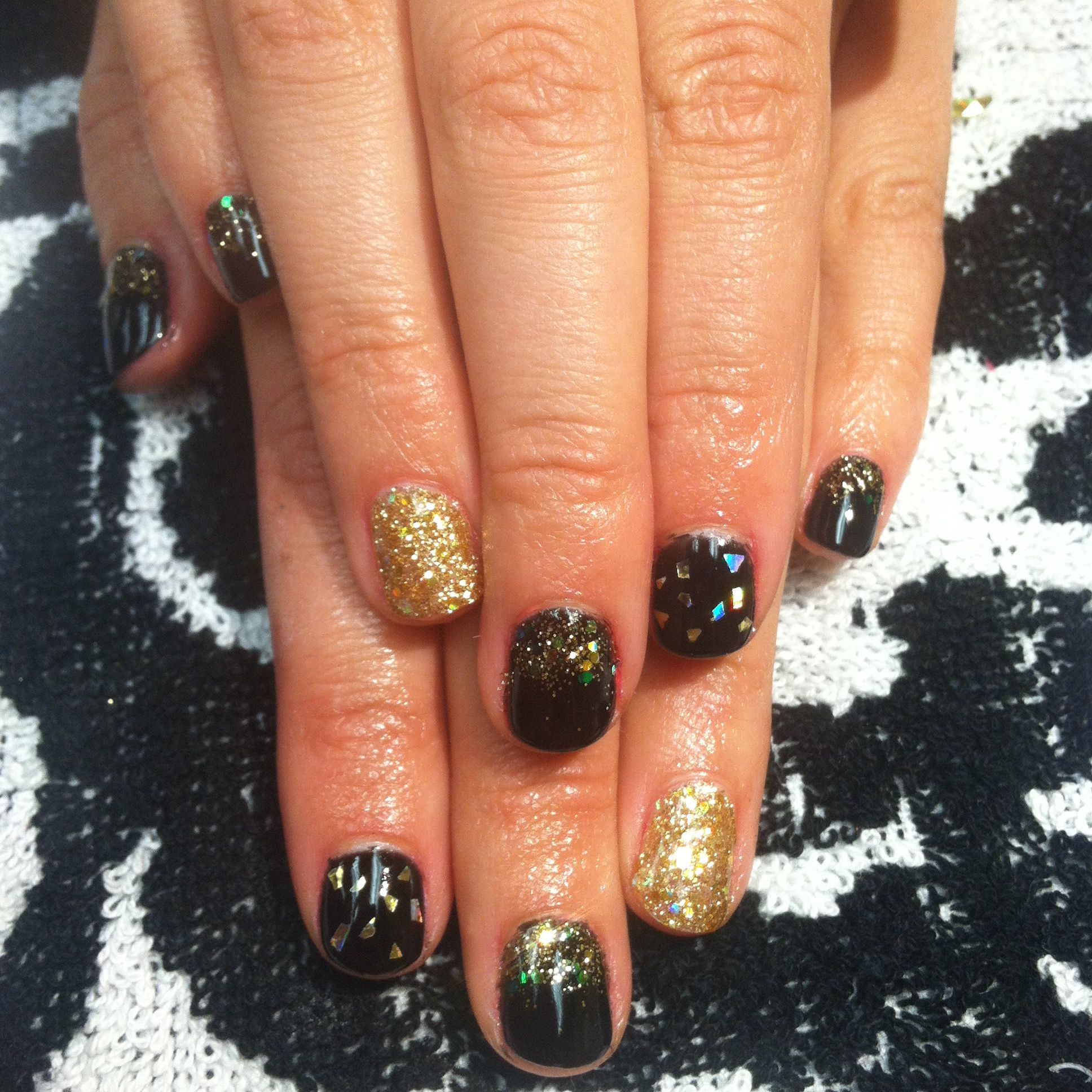 Gold and black New Years gel nails! Follow me on ig at @Adris_Nails ...