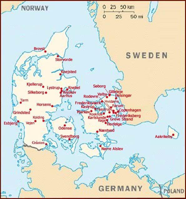 Palm reading network in Denmark 54 palm readers living in Aarhus