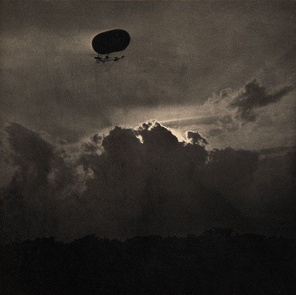 A Derigible, by Alfred Stieglitz. 1910