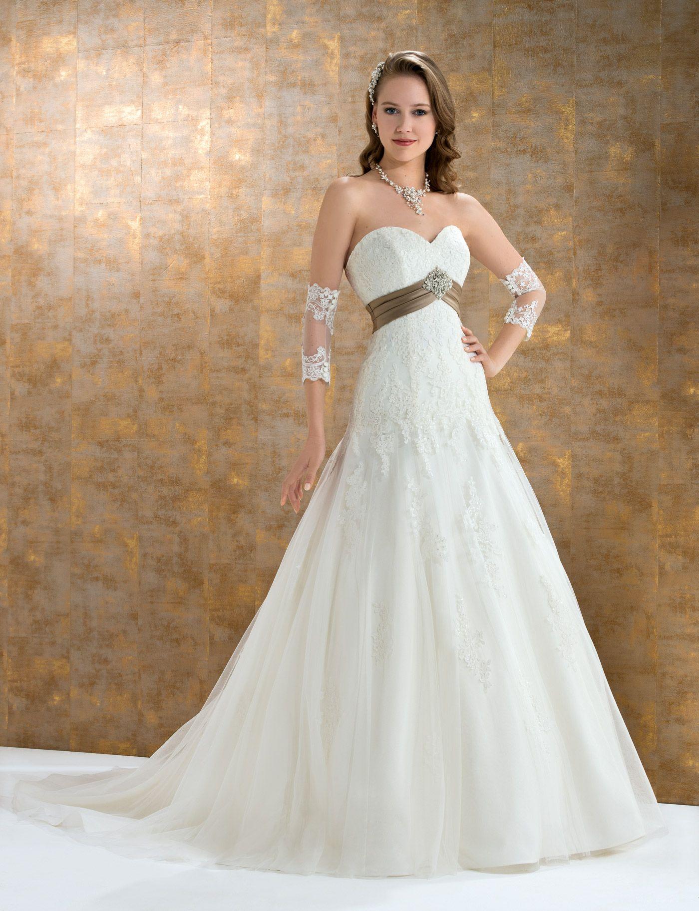 Collection 2015 Églantine Mariages et Cérémonies robe de mariée ...