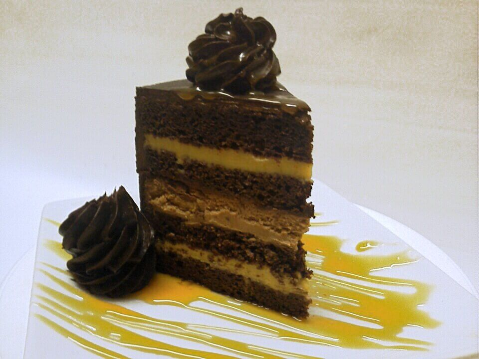 7 layer chocolate caramel cake Carmel cake Chocolate caramel cake