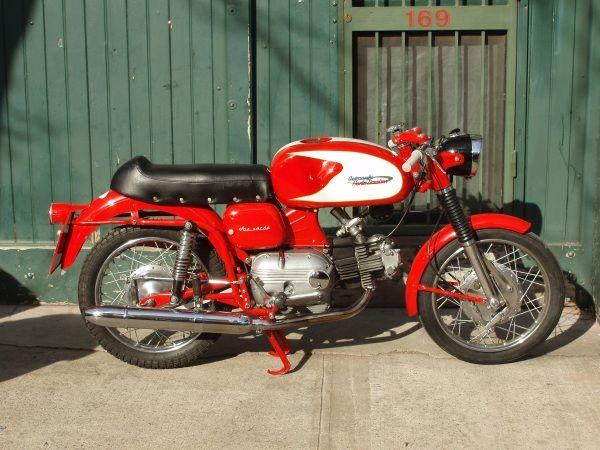 1962 aermacchi hd ala verde 250, my dad's motorcycles
