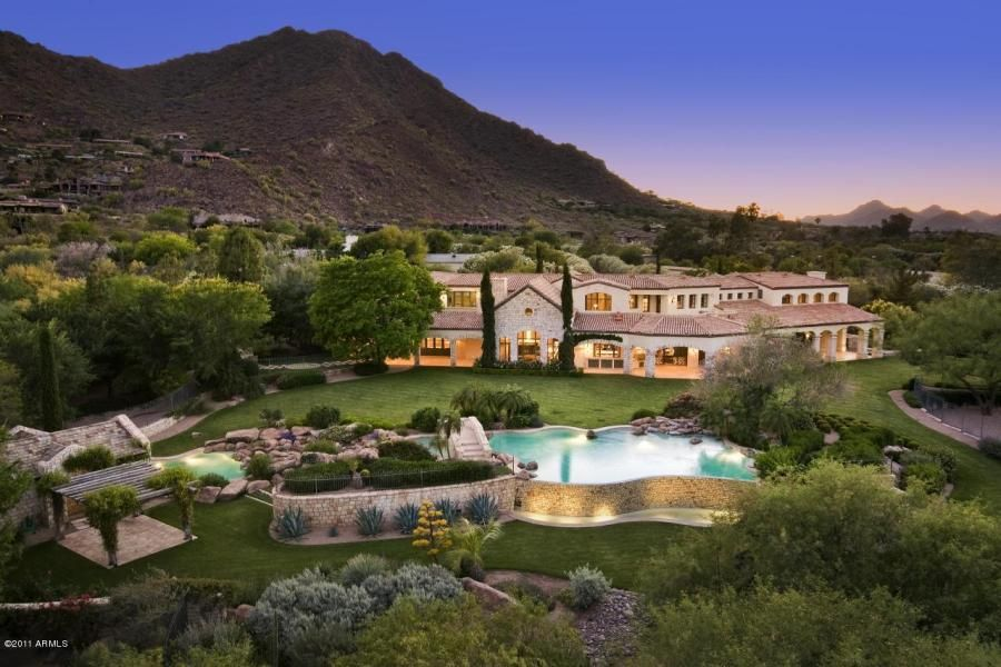 Yes Paradise Valley Az Luxury Real Estate Is Very Expensive Scottsdale A Close But Far Second Paradise Valley Luxury Homes Mansions