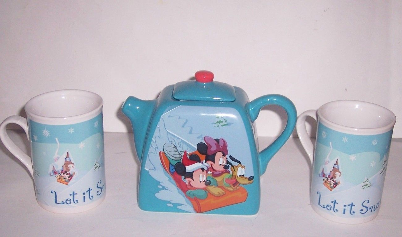 Disney Mickey Minnie Mouse Pluto Ceramic Blue Teapot & 2 Coffee Mugs Let It Snow