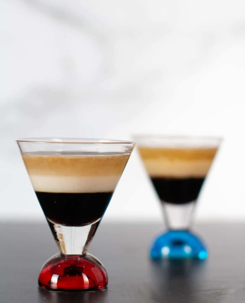 My B52 Cocktail Recipe Yields A Delicious Drink With Three Simple Ingredients Kahlua Bailey S Irish Crea Baileys Cocktails Baileys Drinks Baileys Irish Cream