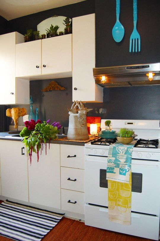 Love The Giant Turquoise Silverware Also Love The Idea Of Mirror