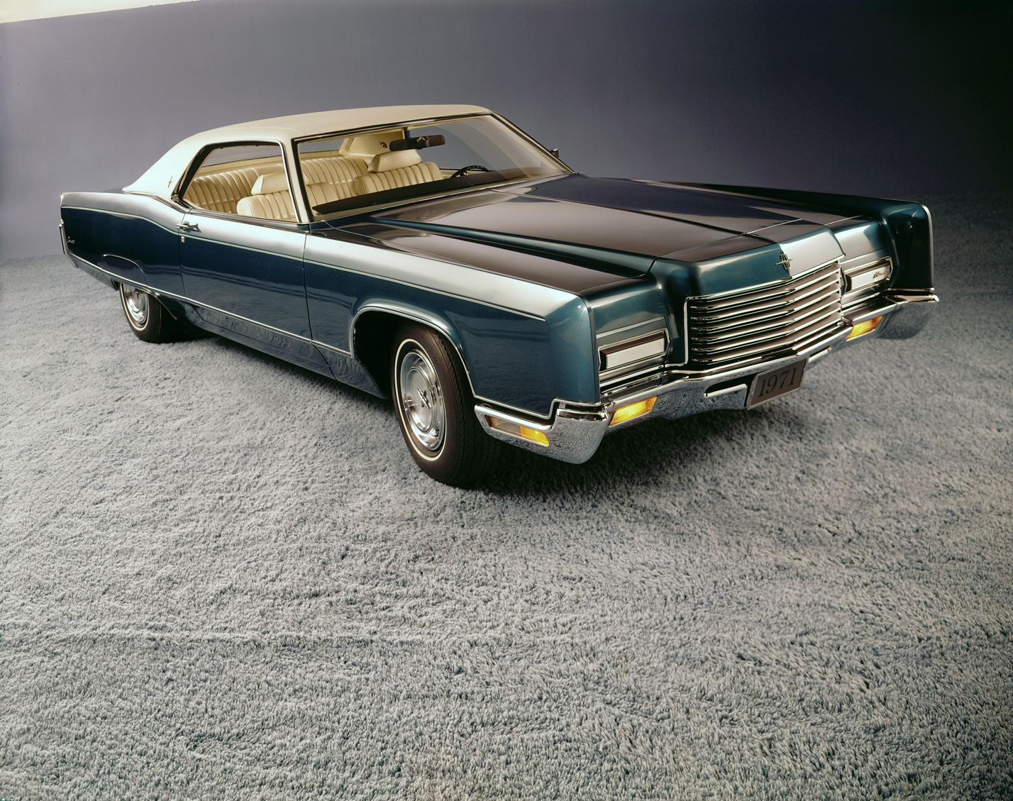 1971 Lincoln Continental Town Coupe