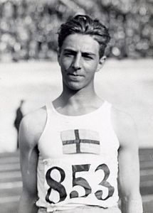 Erik Lundqvist 1928.jpg