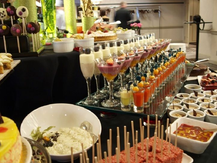 Foods Services Buffet Bar Style Set Up