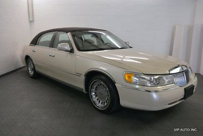Town Car Cartier 2001 Lincoln Town Car Ivory Parchment With 36986