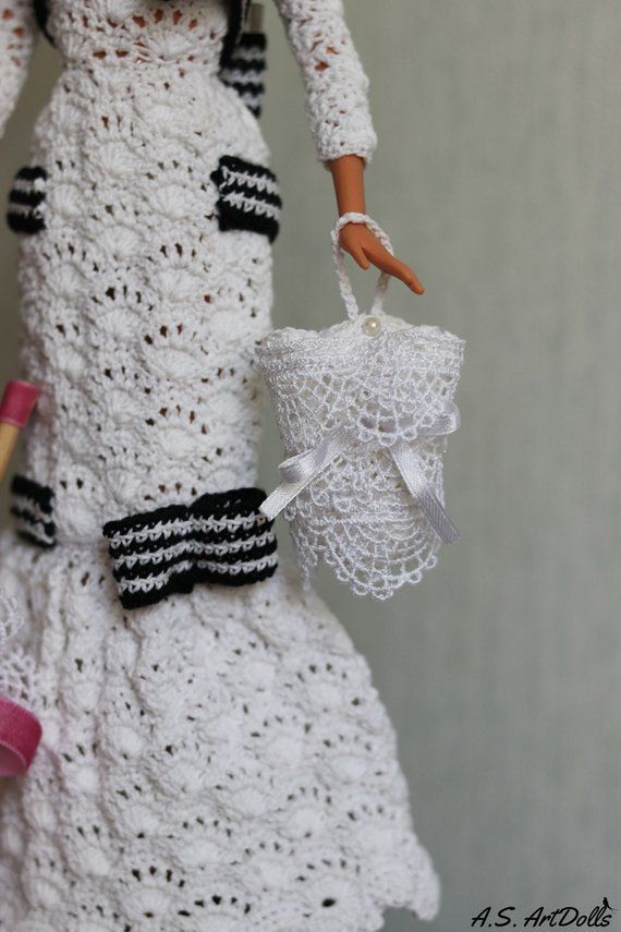 Crochet doll dress Audrey Hepburn - Historical dolls/barbie gown/barbie clothes #historicaldollclothes