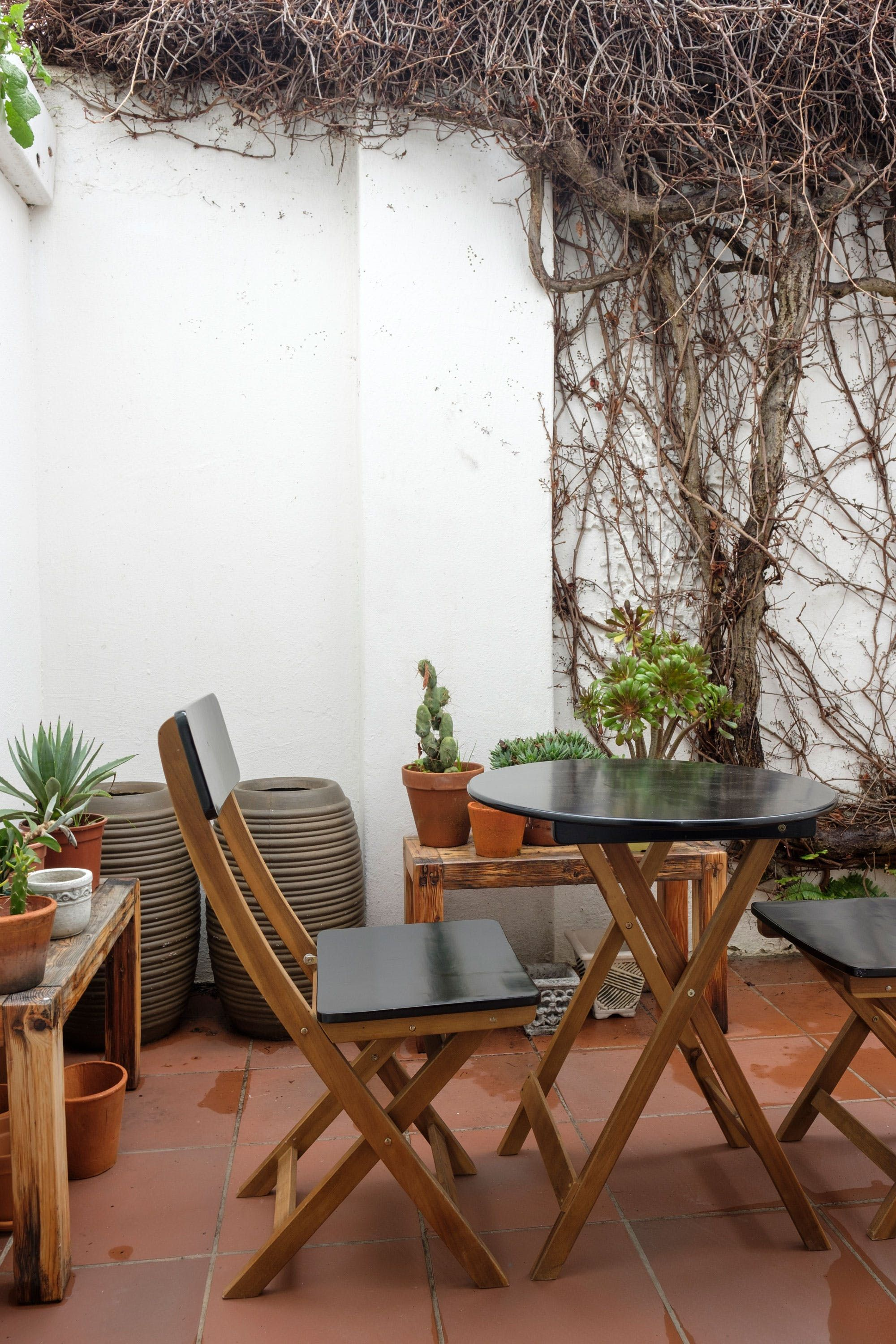 Rent A Center Accent Chairs.A Cozy Rental In The Center Of Vibrant Cape Town Porch Pinterest