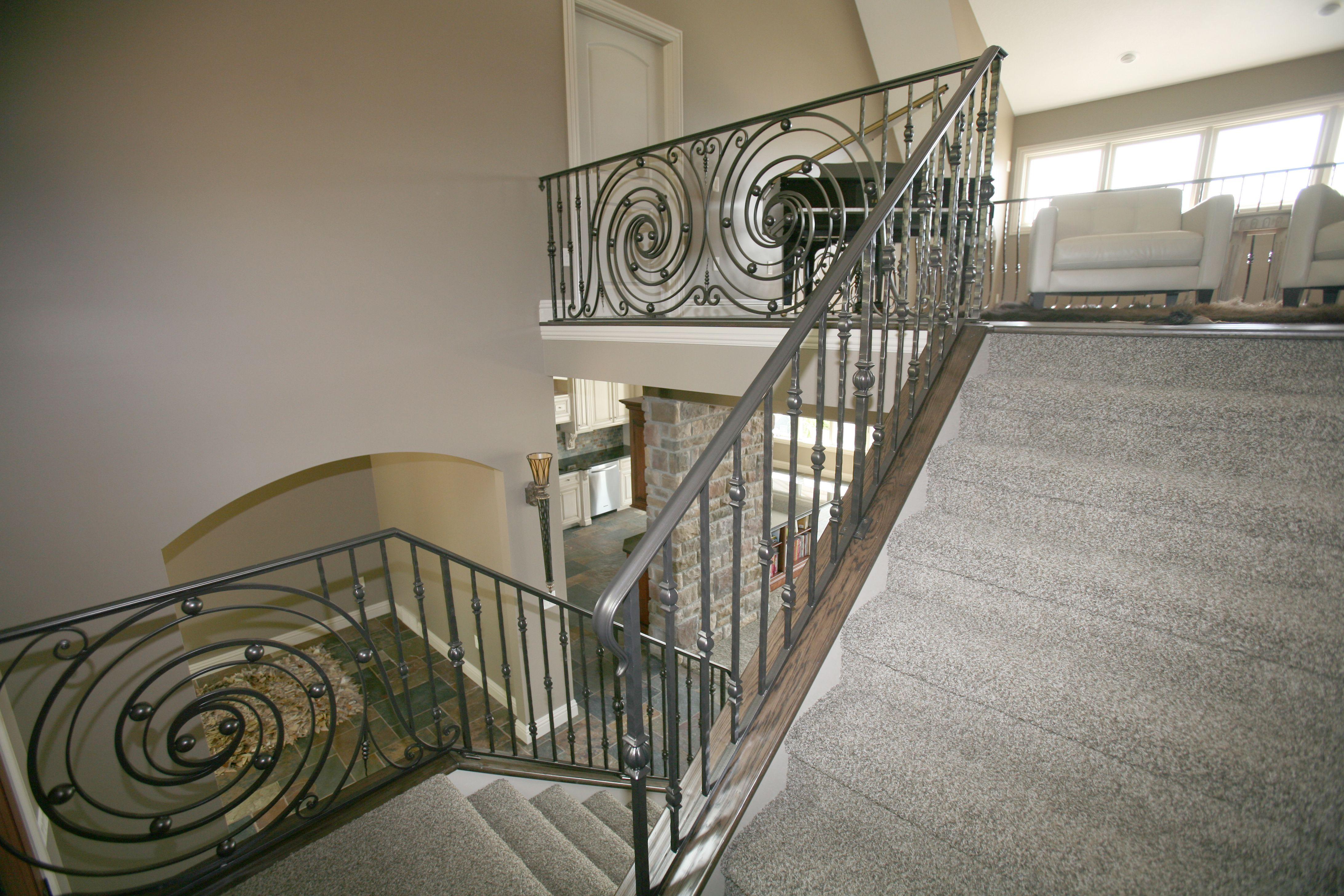 Best Powder Coat Railing With Decorative Panels Indital Usa Coat Rail Stair Railing Decorative 640 x 480