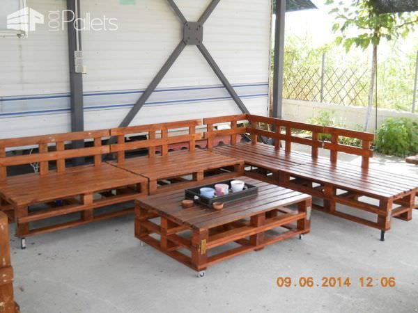old pallet furniture. Sofa, Table, Coffee Table \u0026 Chairs: 100% Recycled Pallets Old Pallet Furniture M