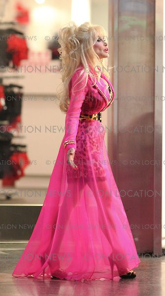 dolly parton 39 08 backwoods barbie in pink reposted by dr. Black Bedroom Furniture Sets. Home Design Ideas