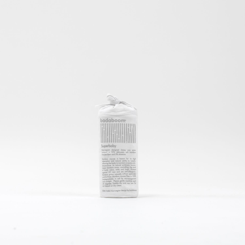 badaboom bambus prisvinnende design emballasje klær  #badaboom #magisk #bambusinnerst #kroppsnær #bambus #ull #bomull #silke #bambusviskose #design #scandinaviandesign #scandinavian #norsk #grunder #bergen #askøy #vestlandet #hverdagslykke #hverdagsmagi #hverdagsluksus #miljøvennlig #eksem #atopiskeksem #mykt #kløfritt #økologisk #trening #superundertøy #klær #undertøy #nettbutikk #sportsundertøy #klærpånett #barneklær #norway #norwegiannature #nature #scandinavia