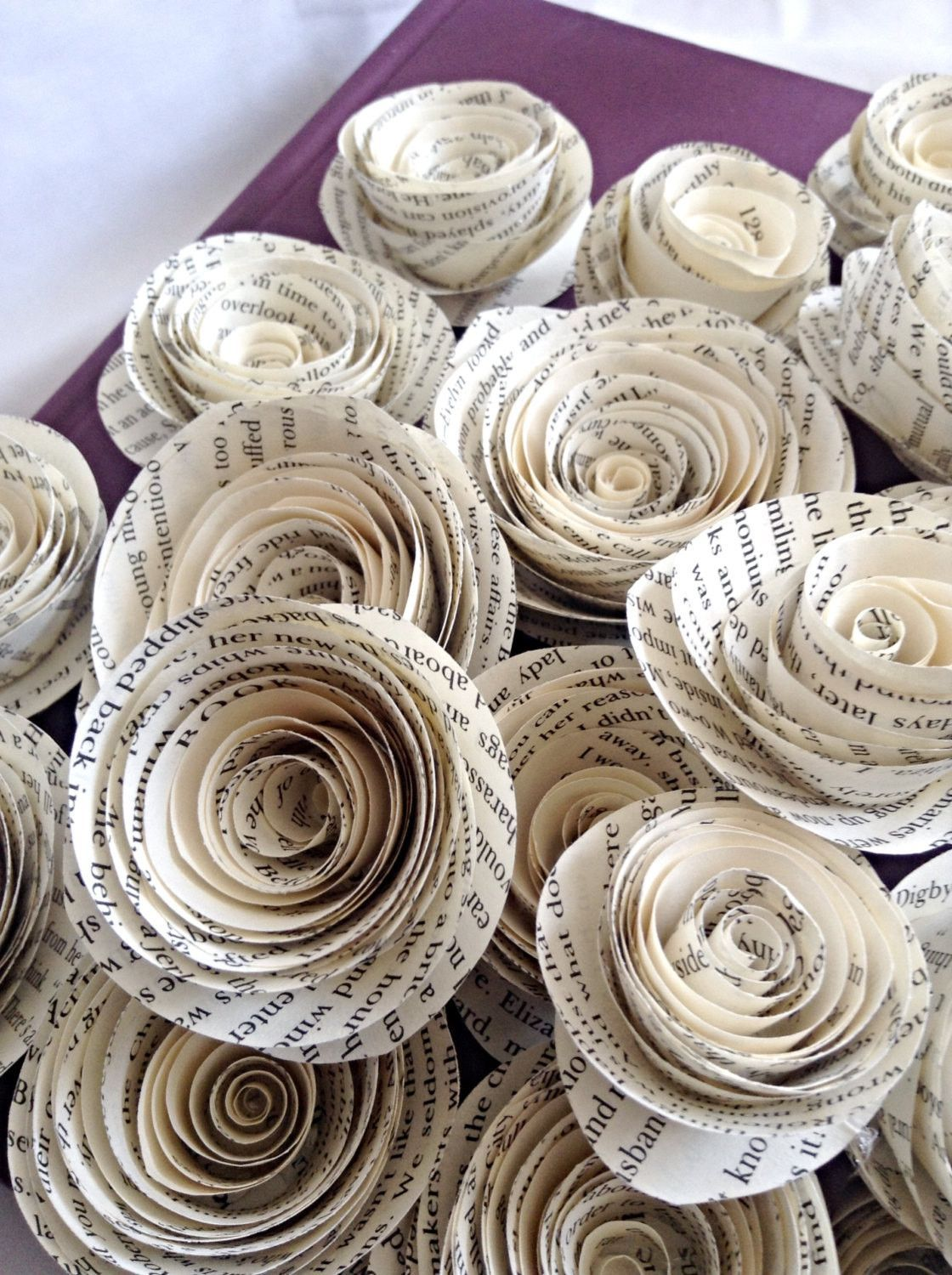Book page roses. Set of 30 paper roses. Wedding flowers