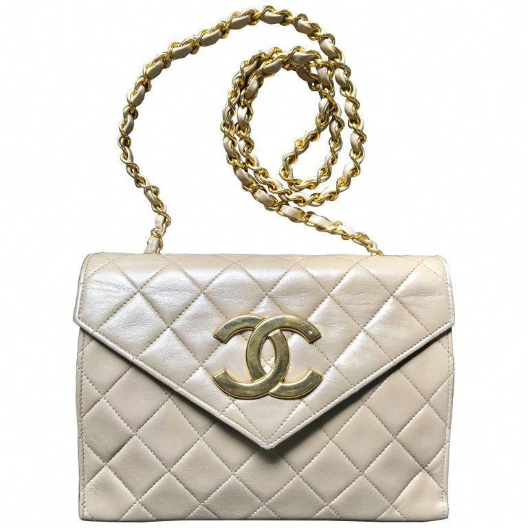 7f5a683029dc27 Vintage CHANEL beige lambskin chain shoulder purse with large CC beak tip  flap. | 1stdibs