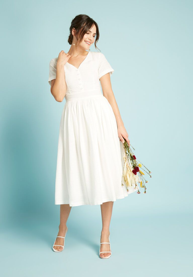 Fabulous Fit And Flare Shirt Cotton Dress In 10 Short Sleeves Fit Flare Mid Length By Modcloth Dresses Modest White Dress Flare Shirt [ 1097 x 768 Pixel ]