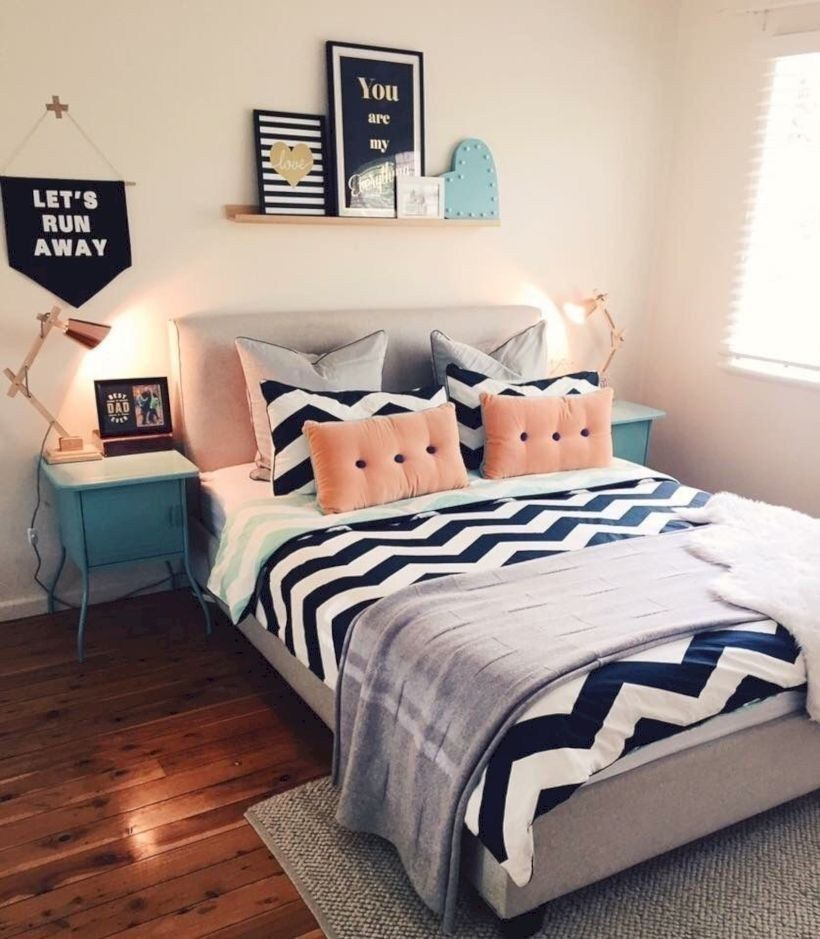 33 Create A Tumblr Dorm Room Decor That'll Make Anyone Jealous images