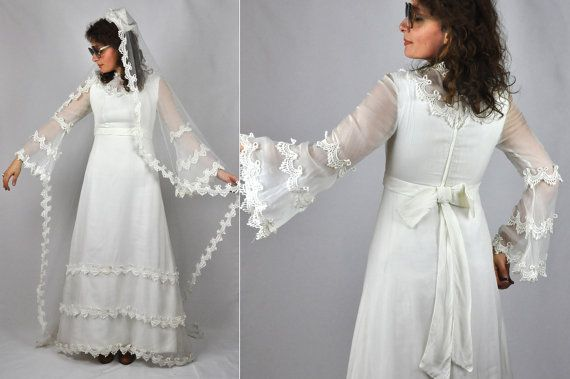 60s Lace Wedding Dress Bell Sleeves Long Lace Net Veil Tulle