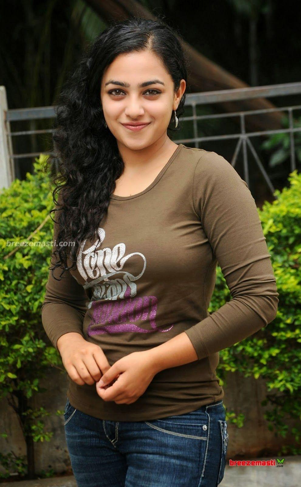 South Indian Film Actress Nithya Menon Hot Photos Collection