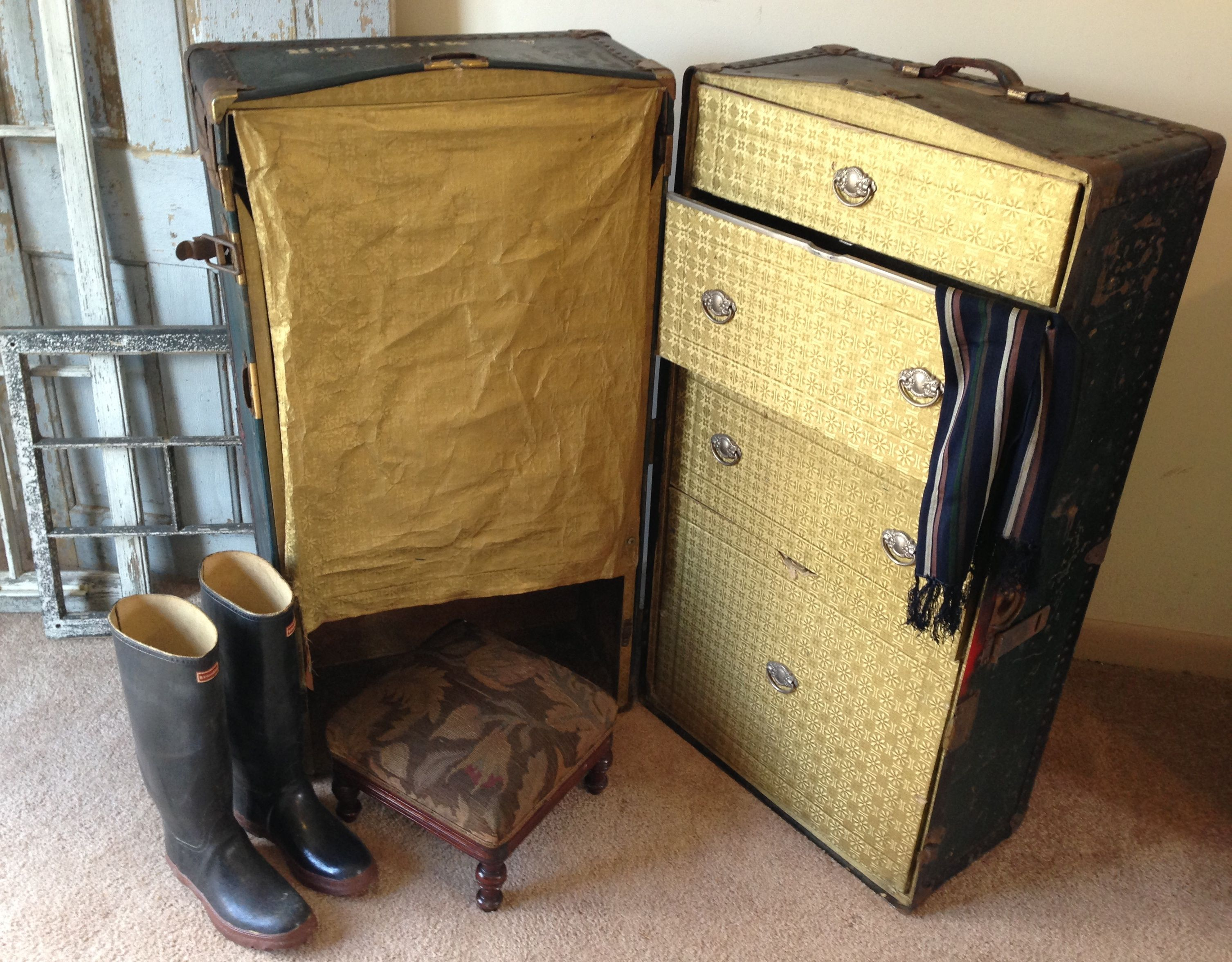 vintage steamer trunk f Vintage 1950s Steamer Trunk use as Coffee ...