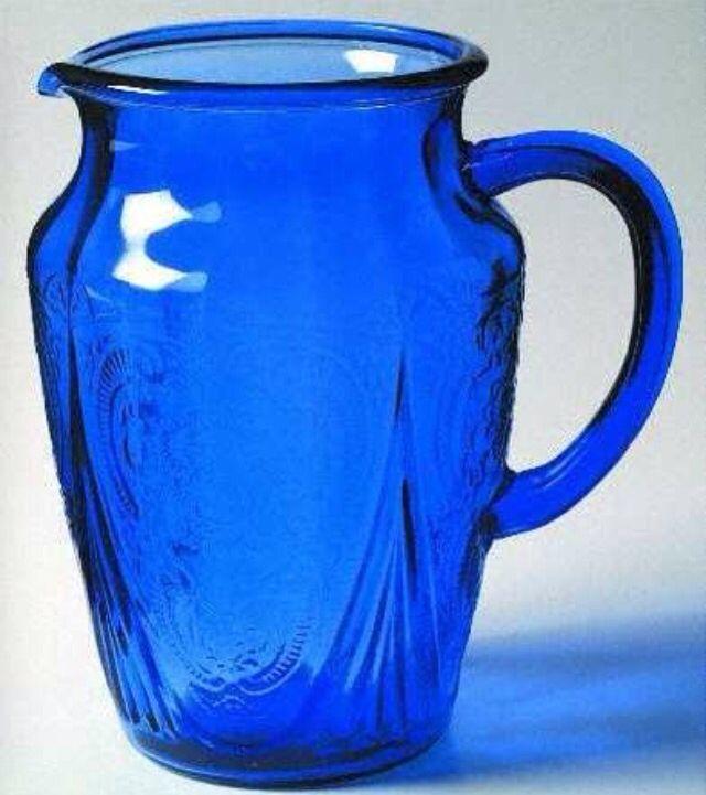 Hazel-Atlas Cobalt Blue Royal Lace Depression Glass 64 oz Pitcher w/o Ice Lip