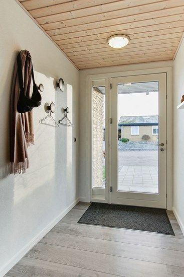Una casa danesa t pica decoracion con madera dise o - Casas madera nordicas ...