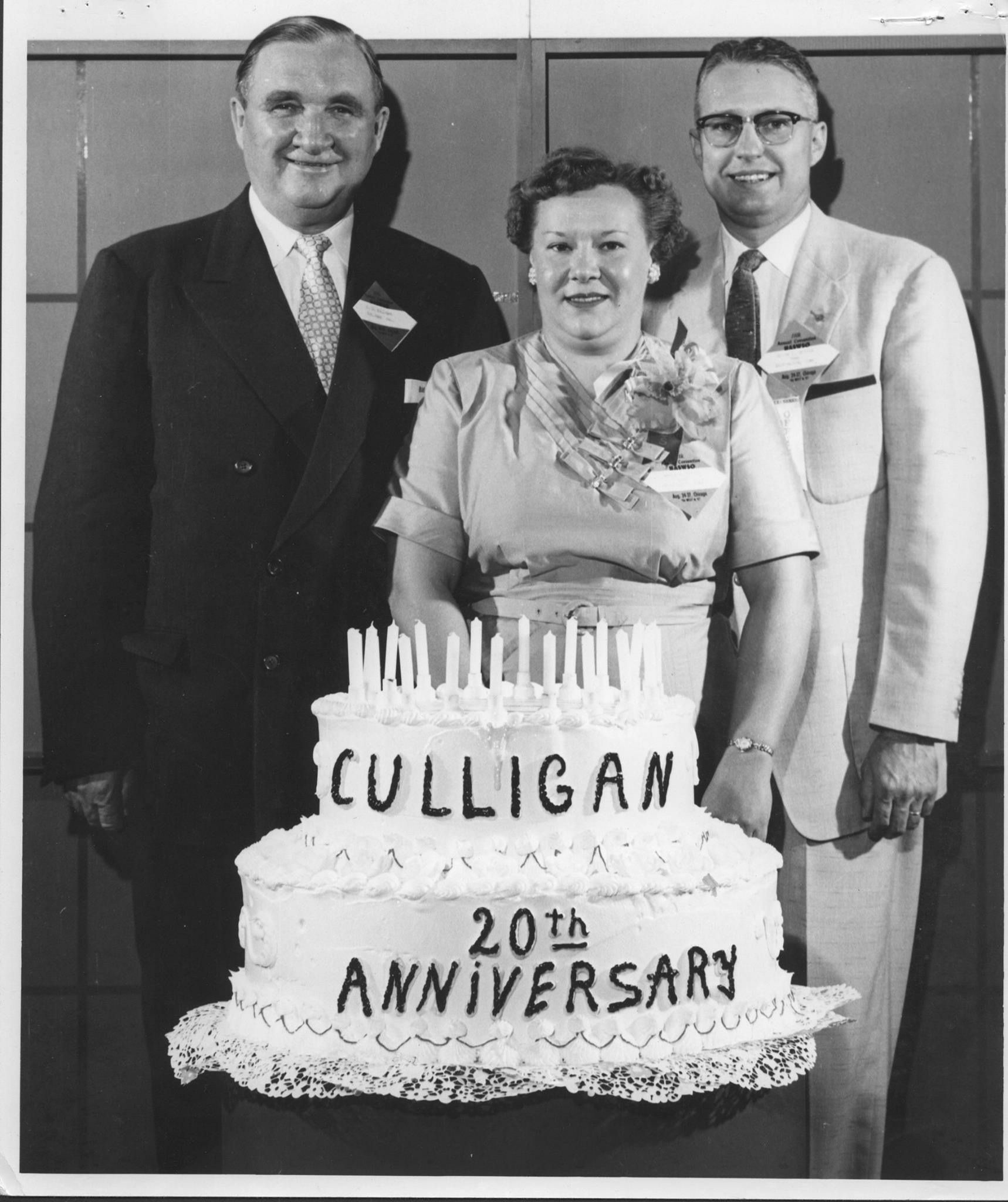 Keith And Marla Vetter Of Vetter S Culligan Water Celebrating 20 Years With Culligan Founder Emmett Culligan Culligan 20th Anniversary Birthday