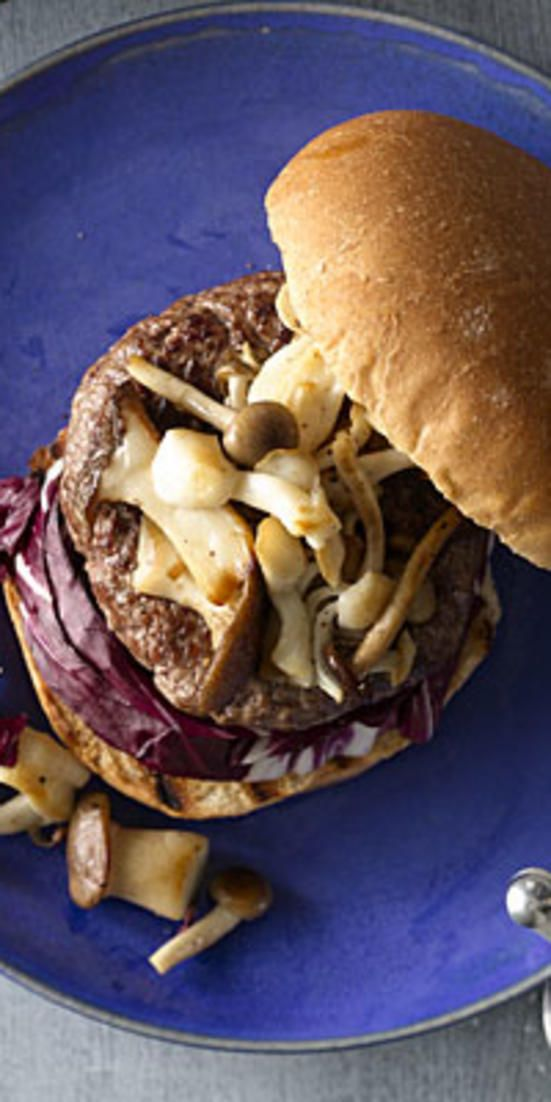 Burger With Mushrooms and Radicchio  - Our delicious dinners make it a cinch to eat nutritious meals all week long