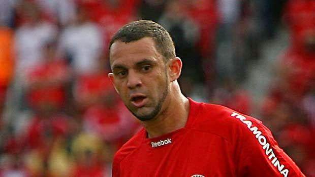 ONZE!FUTEBOL : Ex-jogador do Inter será a principal contratação d...