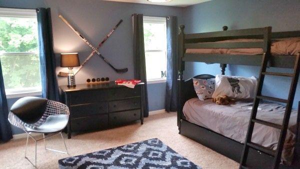 Hockey themed bedroom for boy ben 39 s bedroom ideas for Hockey bedroom ideas