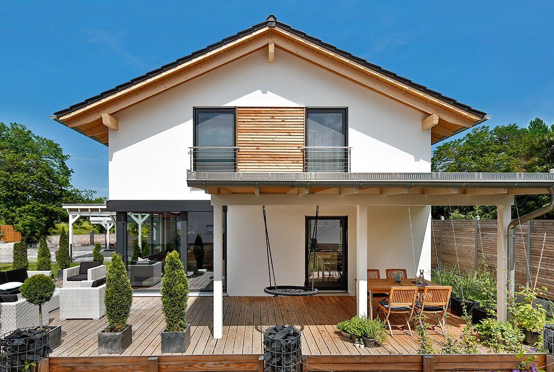 regnauer vitalhaus bruckberg satteldach haus haus ideen und haus bauen. Black Bedroom Furniture Sets. Home Design Ideas