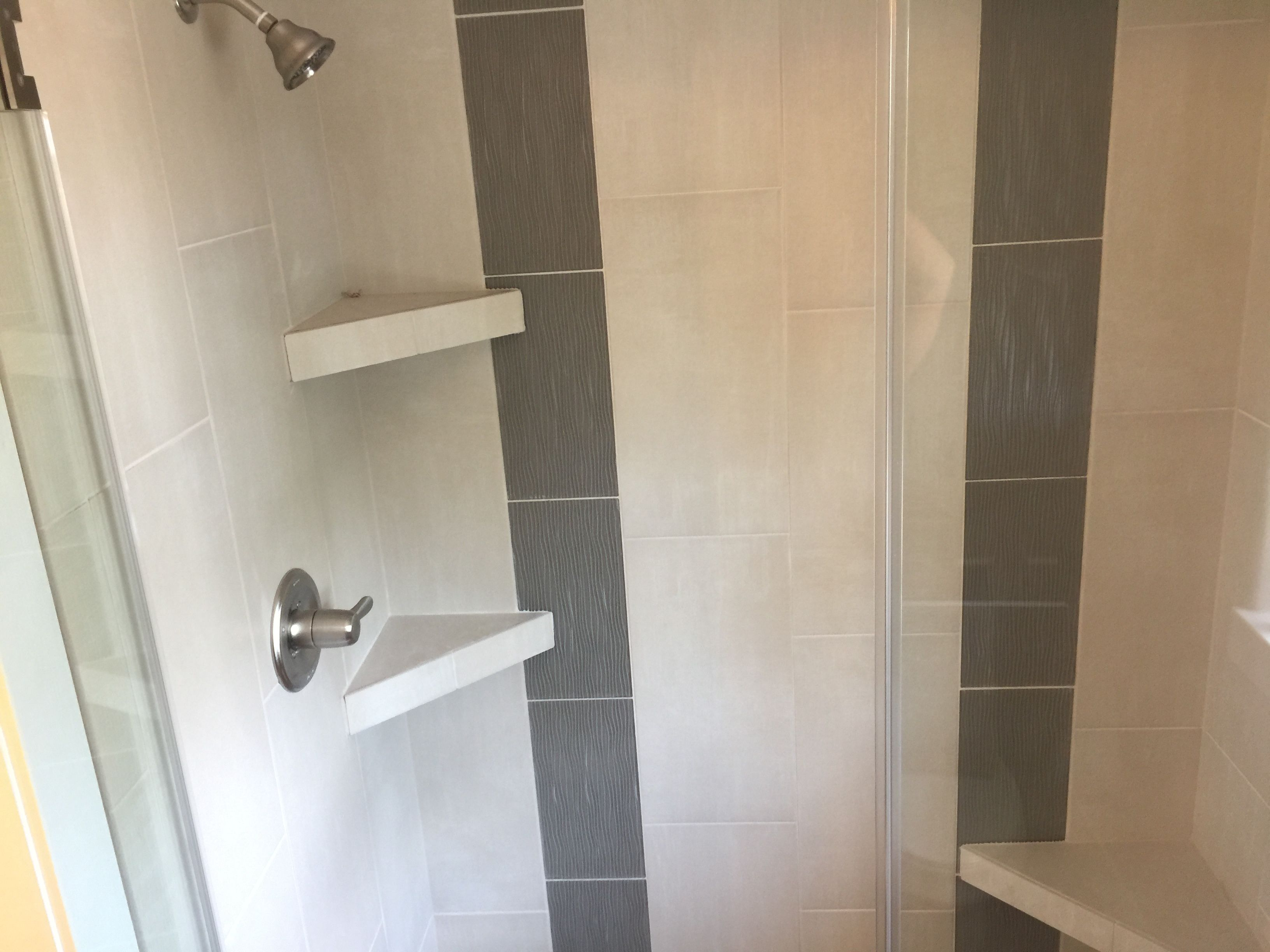 Custom Tiled Shower With 12x24 Tile Installed 1 3 Staggered Vertically With 8x16 3d Gl Porcelain Tile Bathroom Small Bathroom Tiles White Marble Tile Bathroom