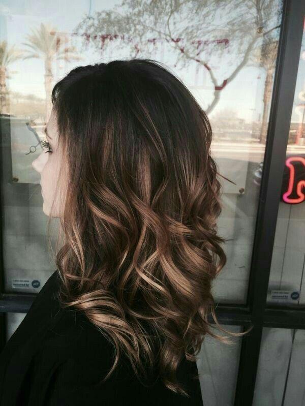 Épinglé par Sabrina sur Hair style Cheveux, Coupe