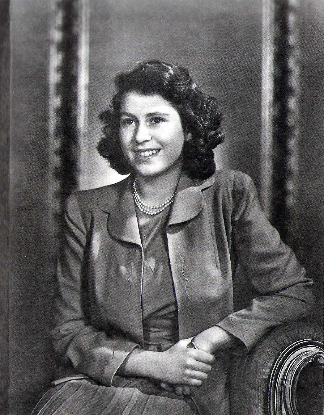 Princess Elisabeth (later Queen Elisabeth II) in 1943 at