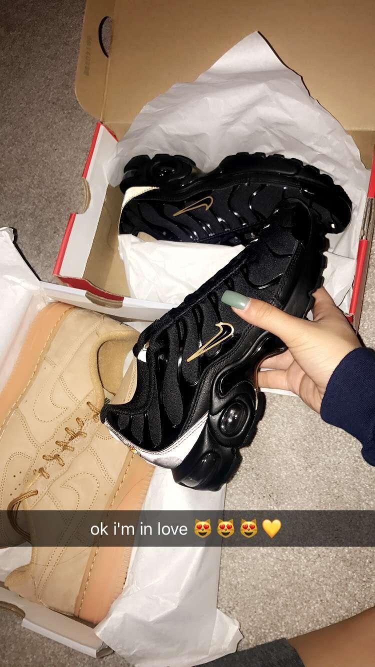 online retailer 30ff8 1a261  TRUUBEAUTYS💧.  TRUUBEAUTYS💧 Cute Sneakers, Cute Shoes ...
