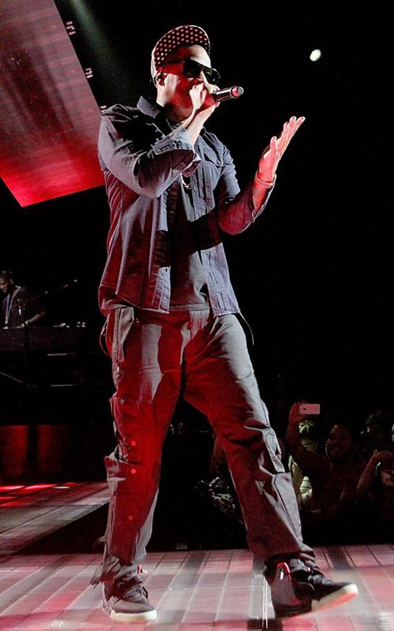 As the Nike Air Yeezy 2 sneaker fever continues to build, Jay-Z was once  again spotted performing in the black/pink colorway at SXSW in Austin,  Texas.