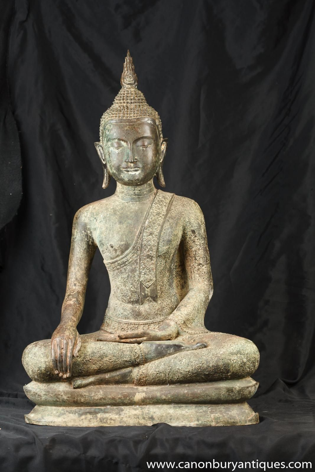 Photo of Bronze Tibetan Buddha Statue Casting Lotus Pose Buddhism Buddhist Art