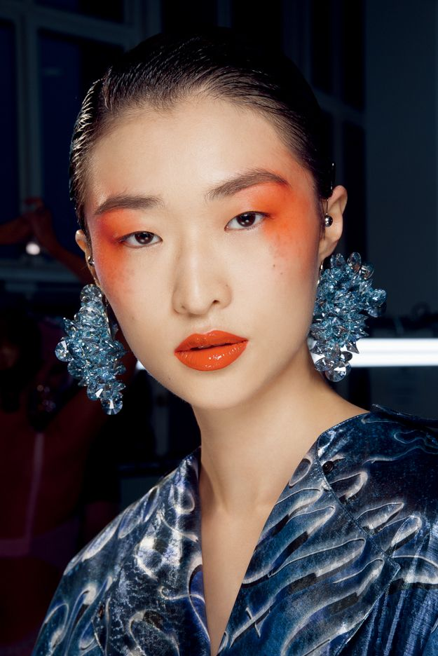Просто и честно: Четыре тенденции макияжа весны