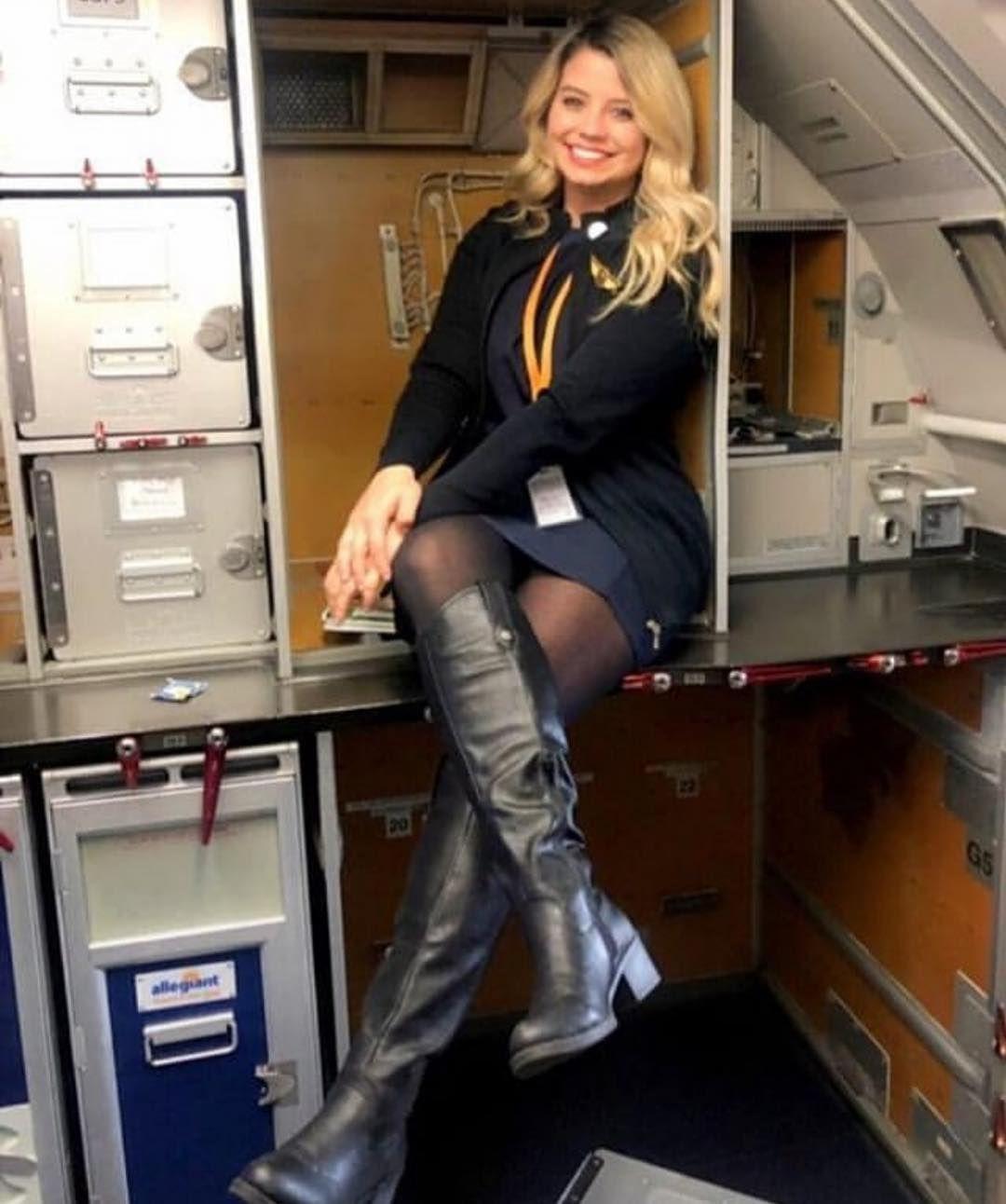 stewardess nackt real