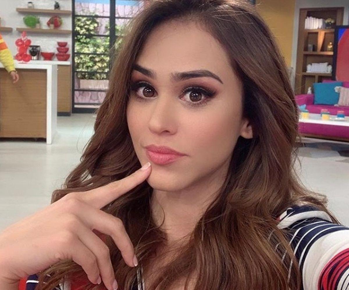 La Chica Del Clima Más Linda Del Mundo Y Su Nueva Foto En Instagram Que Quita El Aliento Yanet García Fotos En Instagram Chicas
