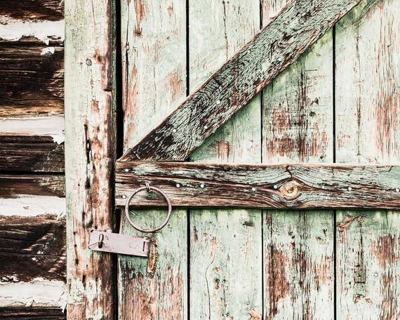 Rustic Door Print, Country Home Decor, Barn Door Photograph, Farmhouse Art, Foyer Wall Decor, Green Wall Art, Rustic Wall Decor, Canvas Art is part of Country Home Accessories Wall Colors - PaulaGoffPhotography etsy com