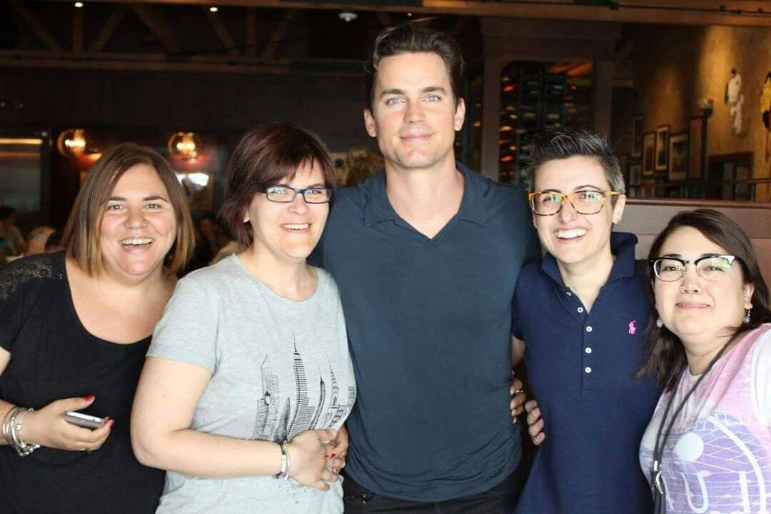 Matt's Italian fan club were visiting LA and ran into Matt in a restaurant. Lucky women