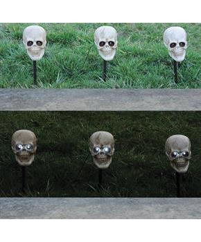 Skull Lighted Pathway Markers Costumepub Com Skull Light Spooky Halloween Decorations Nightmare Before Christmas Decorations
