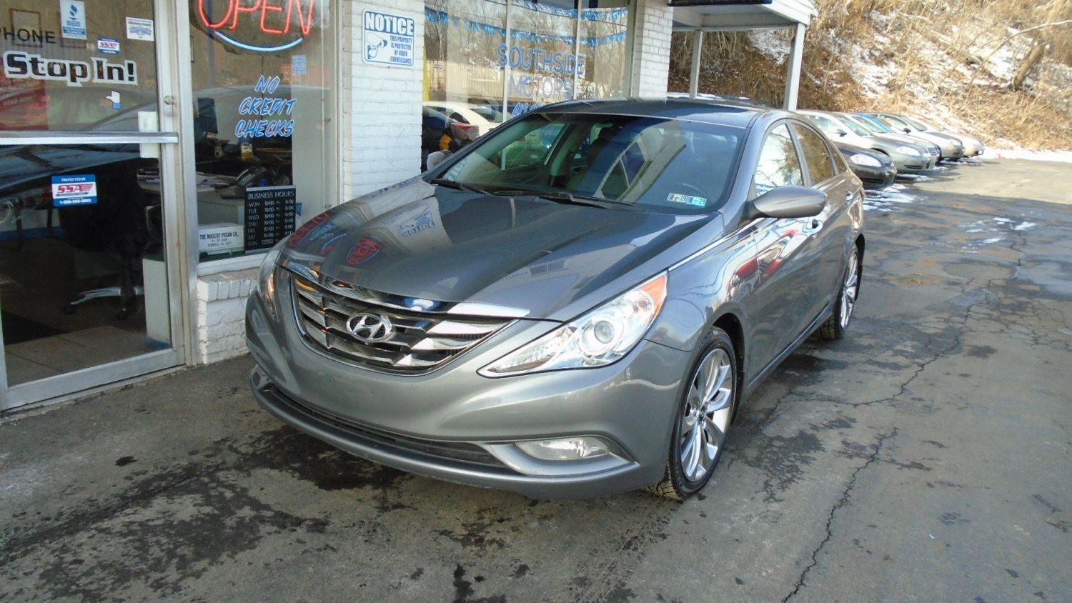 2012 #Hyundai Sonata SE. Well Equipped And Great Gas Mileage!